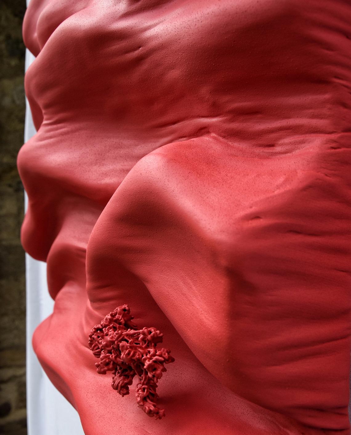 volume relief sculptute design monochrome par Did Morères