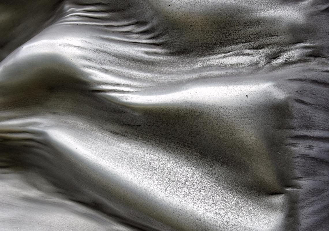 tableau contemporain design monochrome effet zinc par l'artiste Did Morères Corrèze